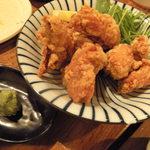 マゴコロ - 「マゴコロ名物若鶏のからあげ」は外はパリパリ、中はふんわり