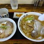 かとうらーめん - チャーシュー丼セット(900円)+50円で温泉卵も!