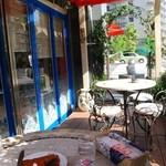 アールティーズ・インディアン・カフェ - テラス席はペットOK