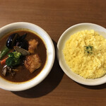 カレー リーブス - チキン野菜カレー