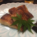 神楽坂 割烹 加賀 個室と会席接待の宴会処 - 少し堅めの西京焼きでした