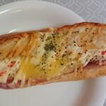 ペインアンドカフェ アメリ - 美味しそうなパン