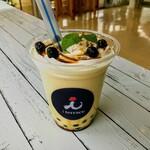 クレープカフェiテラス - 黒糖タピオカラテ