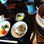 和 吉野 - ごぼうご飯は釜で炊きたて