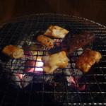 牛繁 - ホルモン炭火焼