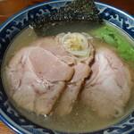 麺工房 隠國 - 塩肩チャーシュー麺