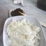 中華そば 鶴と亀 - 小ご飯150円と無料の辛子高菜!