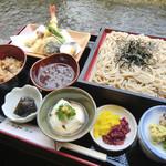 麺房 美よし - 美よし御膳 2300円  ざるそば、天ぷら盛合(小)、おぼろ豆腐、にしん棒煮、かやくご飯、香の物