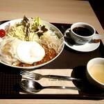 カフェ アメィゾン - ガパオライスセット 税込1200円
