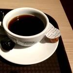 カフェ アメィゾン - ガパオライスセットのアメリカーノ ホット