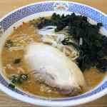 らーめん花楽 - 料理写真:味噌ラーメン・ワカメ追加 750円