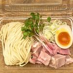 麺や 鳥の鶏次 - [テイクアウト]鶏そば(塩)800円