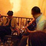 pitou - 2009/3月:2階ラウンジの様子②(ギター置いてあるっす)