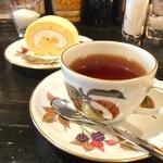 カフェ・ミエル - 紅茶。
