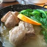 南横浜ビール研究所 - 料理写真:ごろごろ豚のB煮込み