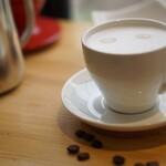 カフェ&バー キャンプファイヤー - カフェラテ