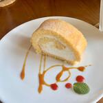 ロブソン コーヒー - 米粉のロールケーキ