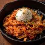 名古屋ガーデンファーム - 粗挽き肉とクリームチーズの濃厚トマトパスタ 700円