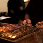 宇奈とと - 備長炭の炭火で焼き上げる事で、さらにふっくらと香り豊かに仕上げています