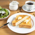 CAFE EST - トーストミニサラダセット(モーニング)