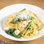 CAFE EST - 季節野菜と小エビのうま塩和風スパ