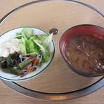 パイオニア牧場 - サラダとスープ・ごはんなどはバイキング形式