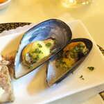 プティ シャルトルーズ - ムール貝は薄味、クリーム仕立て