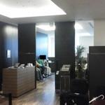 12966442 - 201205  BONSALUTE CAFE Frontに隣接!(13時26分).jpg