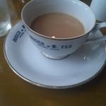12966676 - 紅茶が濃くなってきたので、ミルクティーにしてやったぜぇ~