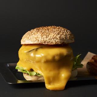 珍しいチーズから選んで楽しむカスタムチーズバーガー