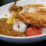 銀座 海老料理&和牛レストラン マダムシュリンプグレイス東京 - ハーフ&ハーフ、エビフライ