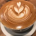 フェブズ コーヒー&スコーン - カフェラテ