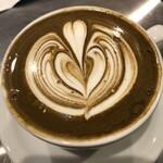 フェブズ コーヒー&スコーン - ほうじ茶ラテ