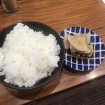 らぁめん 高砂家 - ご飯小100円と無料の漬物!