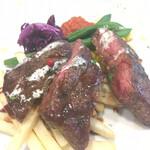 pasta&meat STAUB - ステーキのアップ。