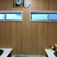 やきにく徳山-新しく換気窓が出来ました