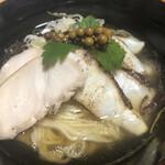 鶏そば・ラーメン Tonari - 我が家の定番調味料、純胡椒と食べて見たかったのー( ̄∀ ̄)