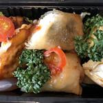 居酒屋 宇迦 - 「トマト餃子」と「長芋とほたてのチーズ春巻」と「だし巻き卵inクリームチーズ」