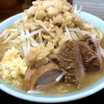 ラーメン 盛太郎 - ラーメン(野菜,ニンニク,背脂)