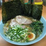 極楽汁麺 らすた - らすた麺(海苔を立ててみた)
