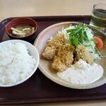 青海食堂 - 料理写真:アジフライ定食620円