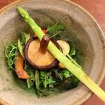 ラ・ボンヌ・ヌーベル - 無農薬野菜のサラダ