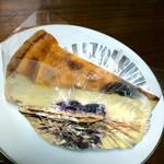 パティスリー ベニー - ベイクドチーズケーキ 294円