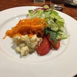 ビストロ ボナップ - ランチセットのサラダ