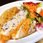 ネオビストロ MURA -ハンドメイドキッチン- 中野店 - 十五穀米をたっぷり詰めた若鶏のロースト800円
