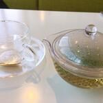 ポップス カフェ ダイン - フレッシュハーブティー