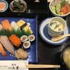 Wadokoroirori - 料理写真:寿司定食=1000円 税込