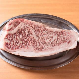 肉質・品質に自信有り!A5ランクの国産黒毛和牛を使用した焼肉
