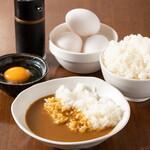 堺筋本町 路地裏ダイニング じぇいず - カレーライス・玉子かけご飯は無料でサービス!