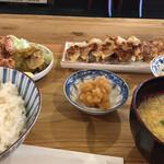 餃子酒場 あめみや - 焼餃子定食